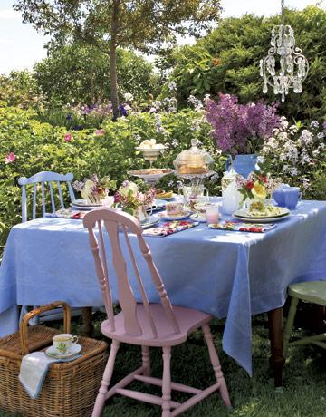 Tea-party-table-rep0507-de